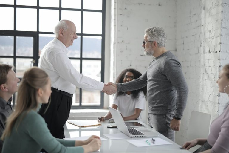 Holding | O que é e como funciona este tipo de empresa?
